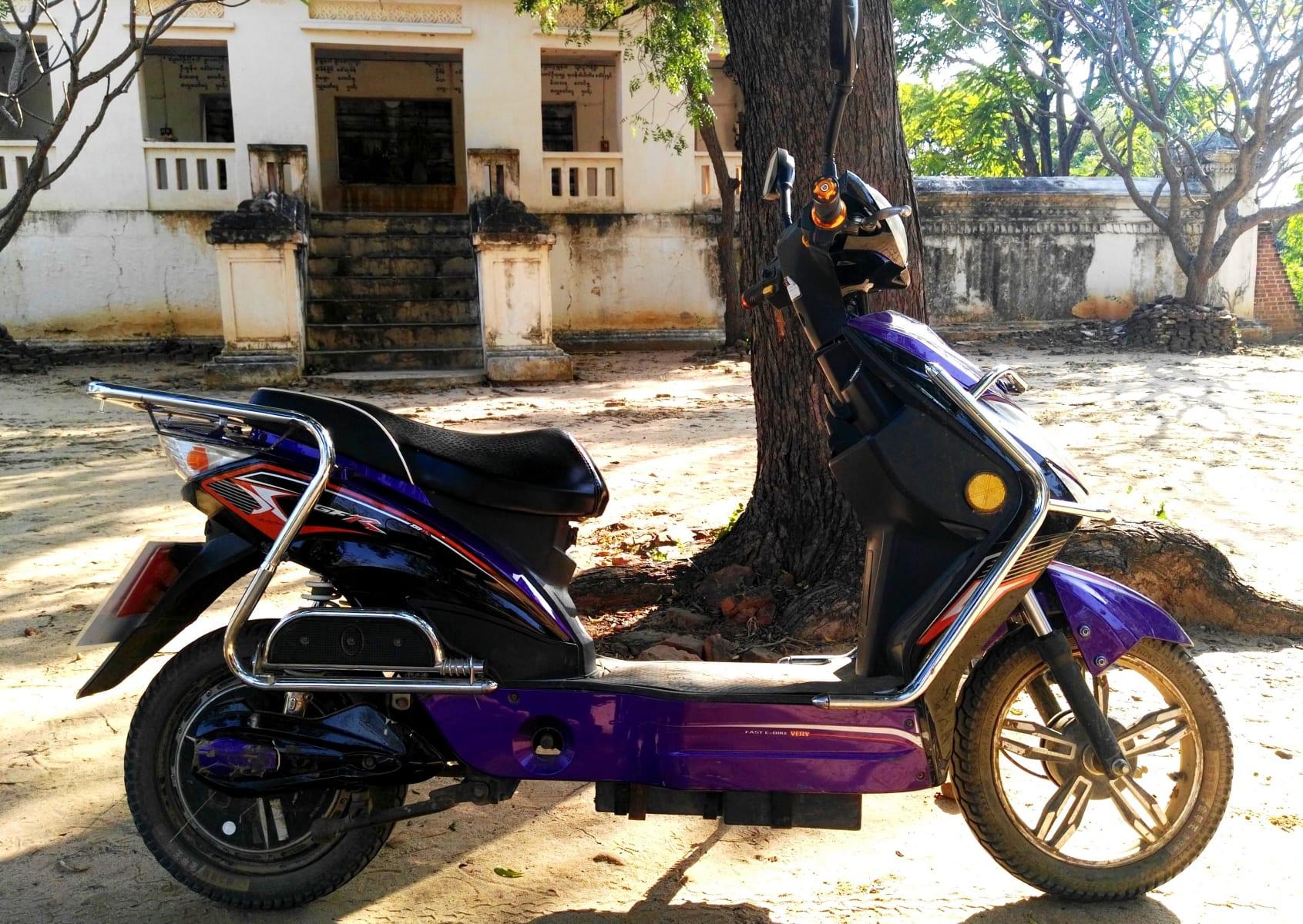 E-bike, který si můžete v Baganu půjčit