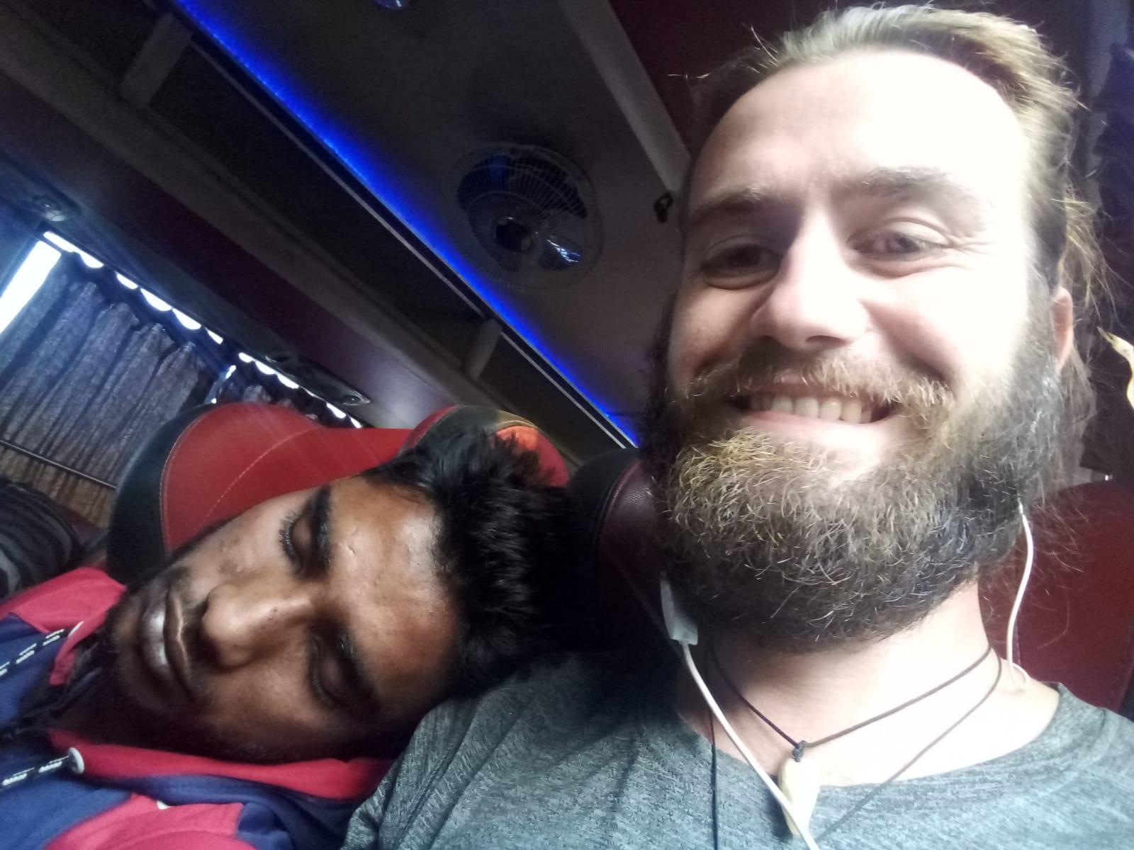Cestou do Dháky s bratrem na rameni, Bangladéš