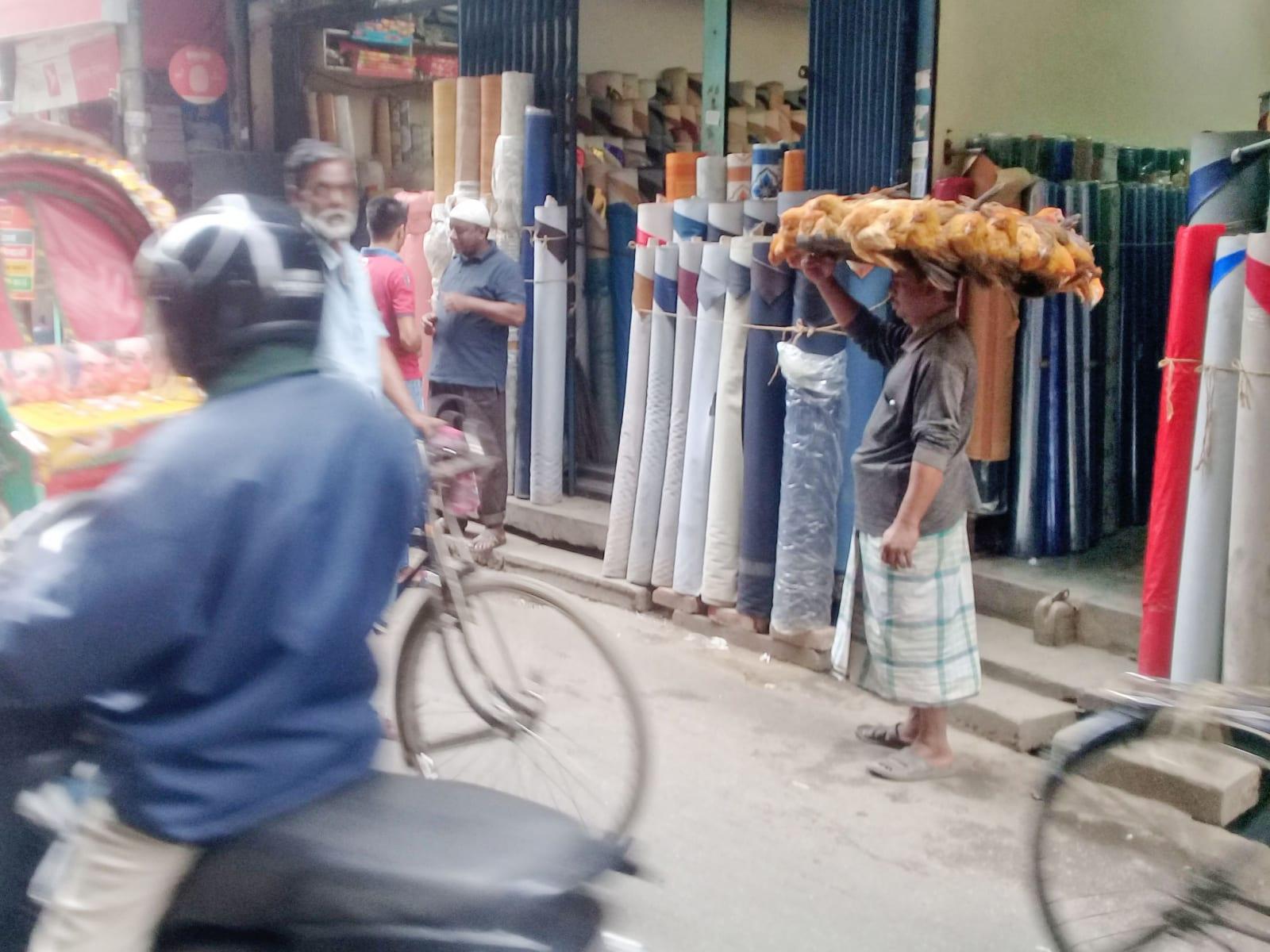 Transport živých slepic, Bangladéš