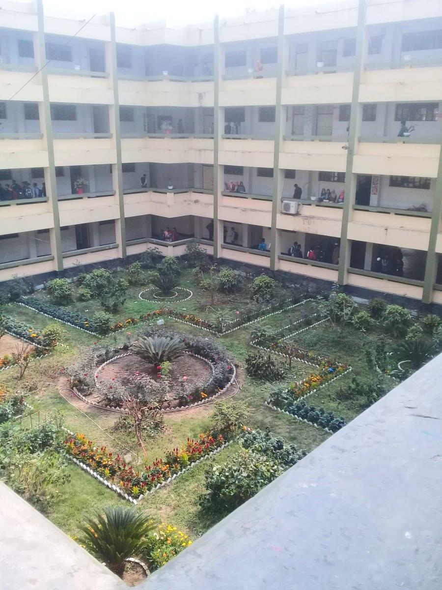 Návštěva univerzity, Bangladéš