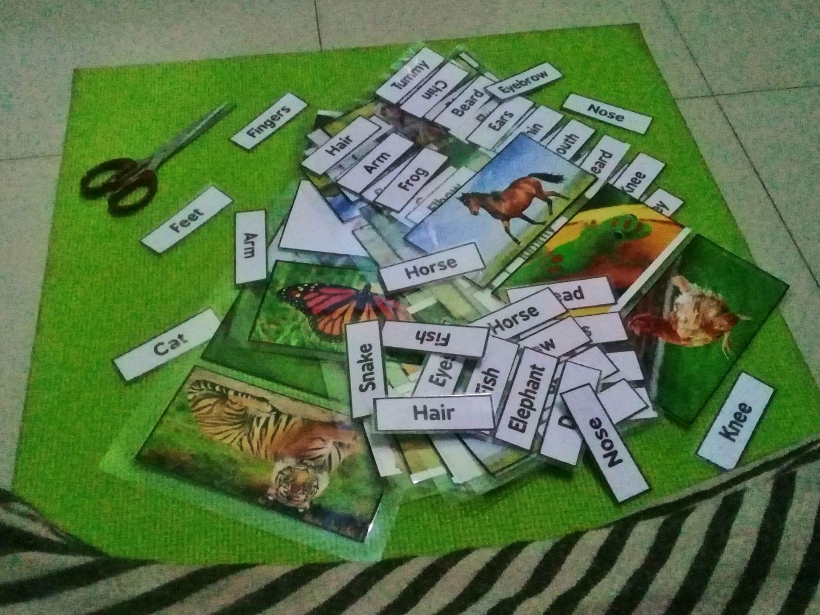 Příprava karet na hodiny, AID Foundation, Bangladéš