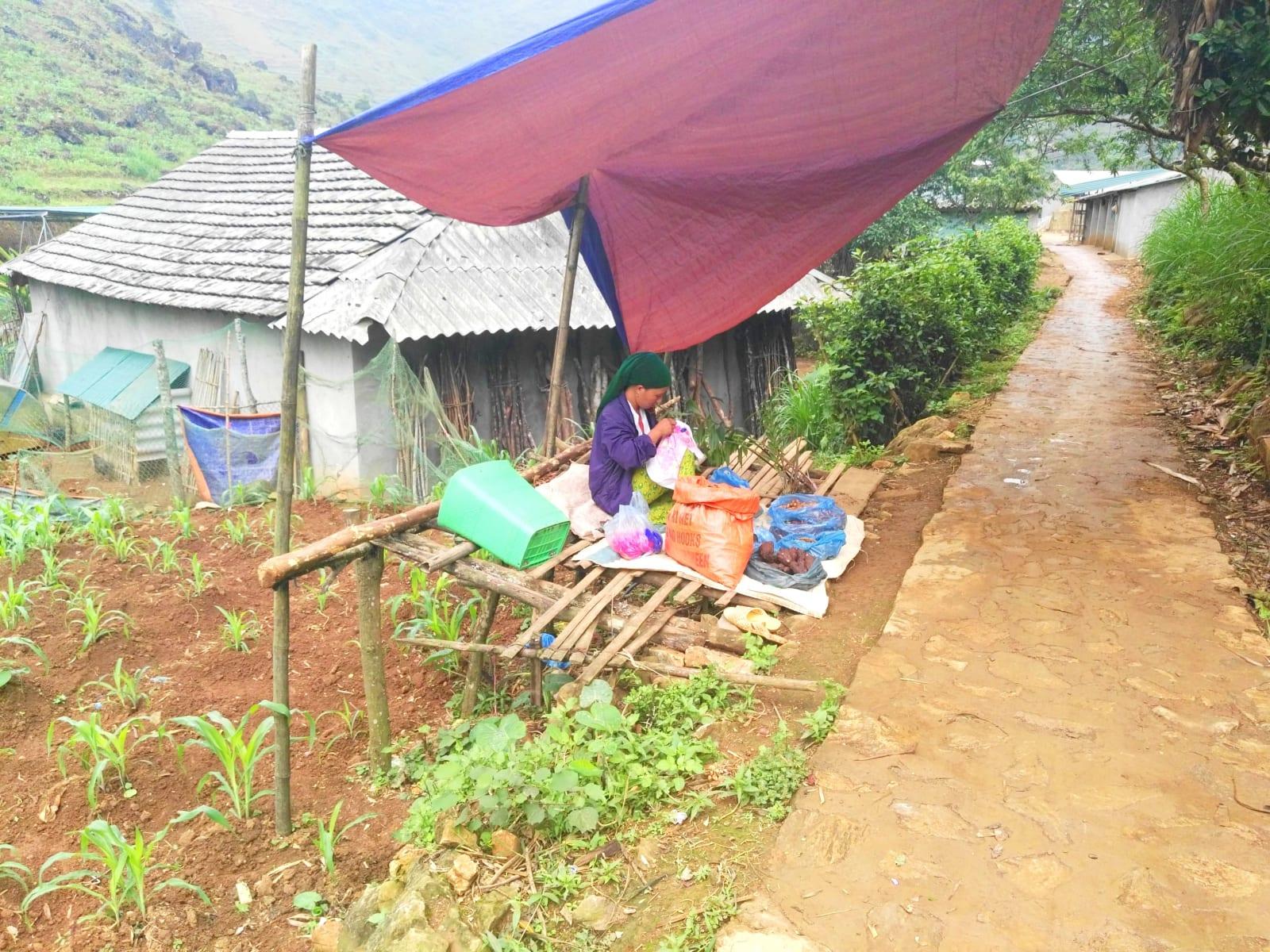 Cesta k jeskyni Lung Khuy Cave