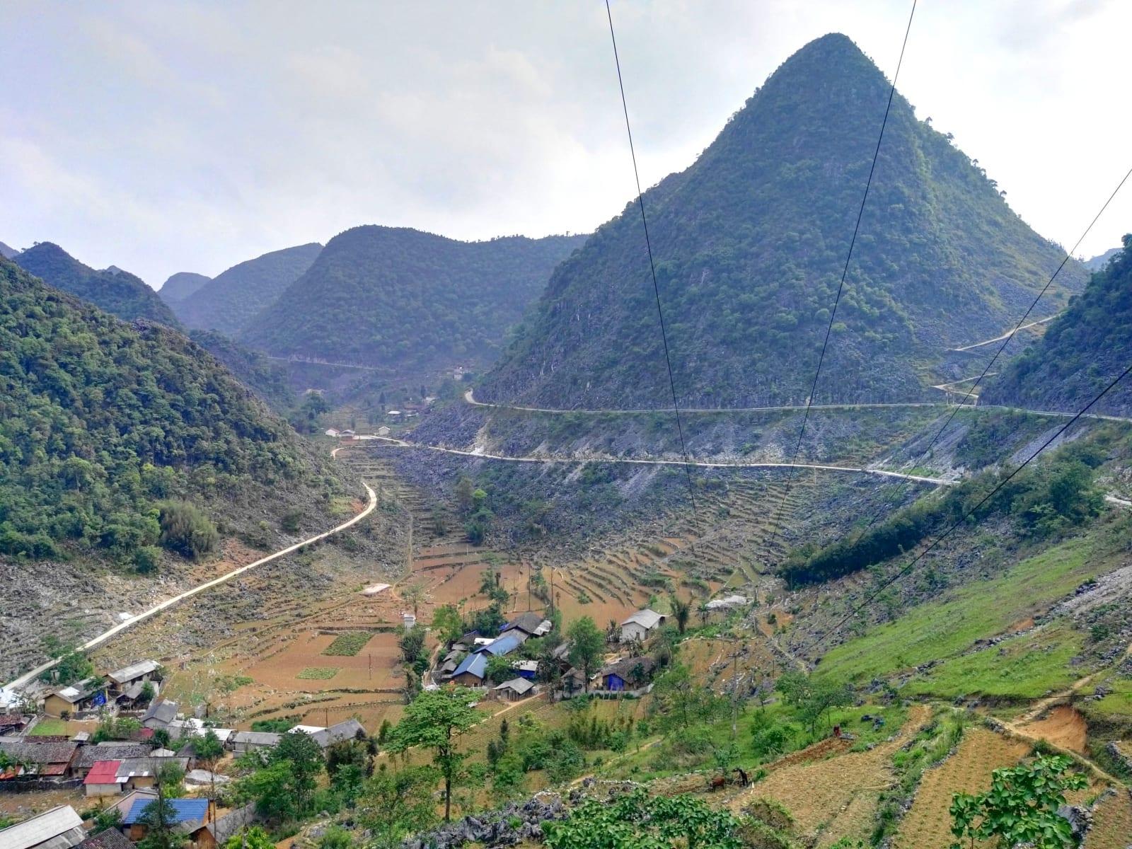 Ha Giang north extreme motorbike loop