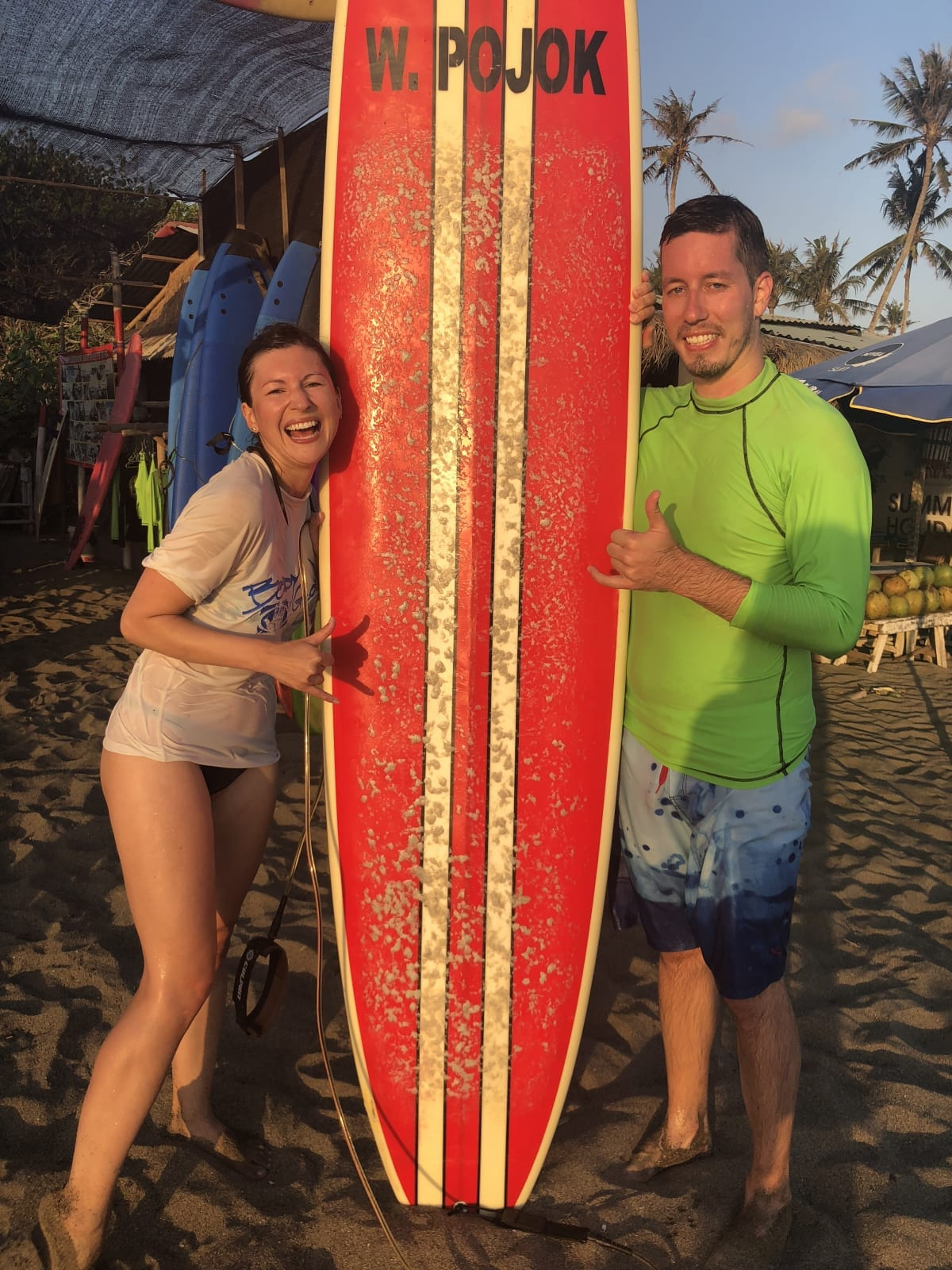 Surfování na Bali, Indonésie