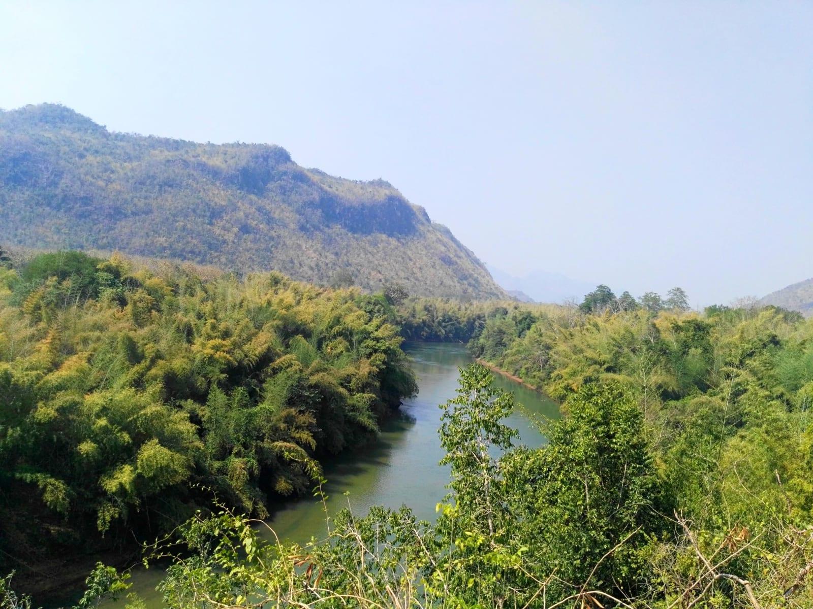 Cestou po Death Railway, Kanchanaburi, Thajsko