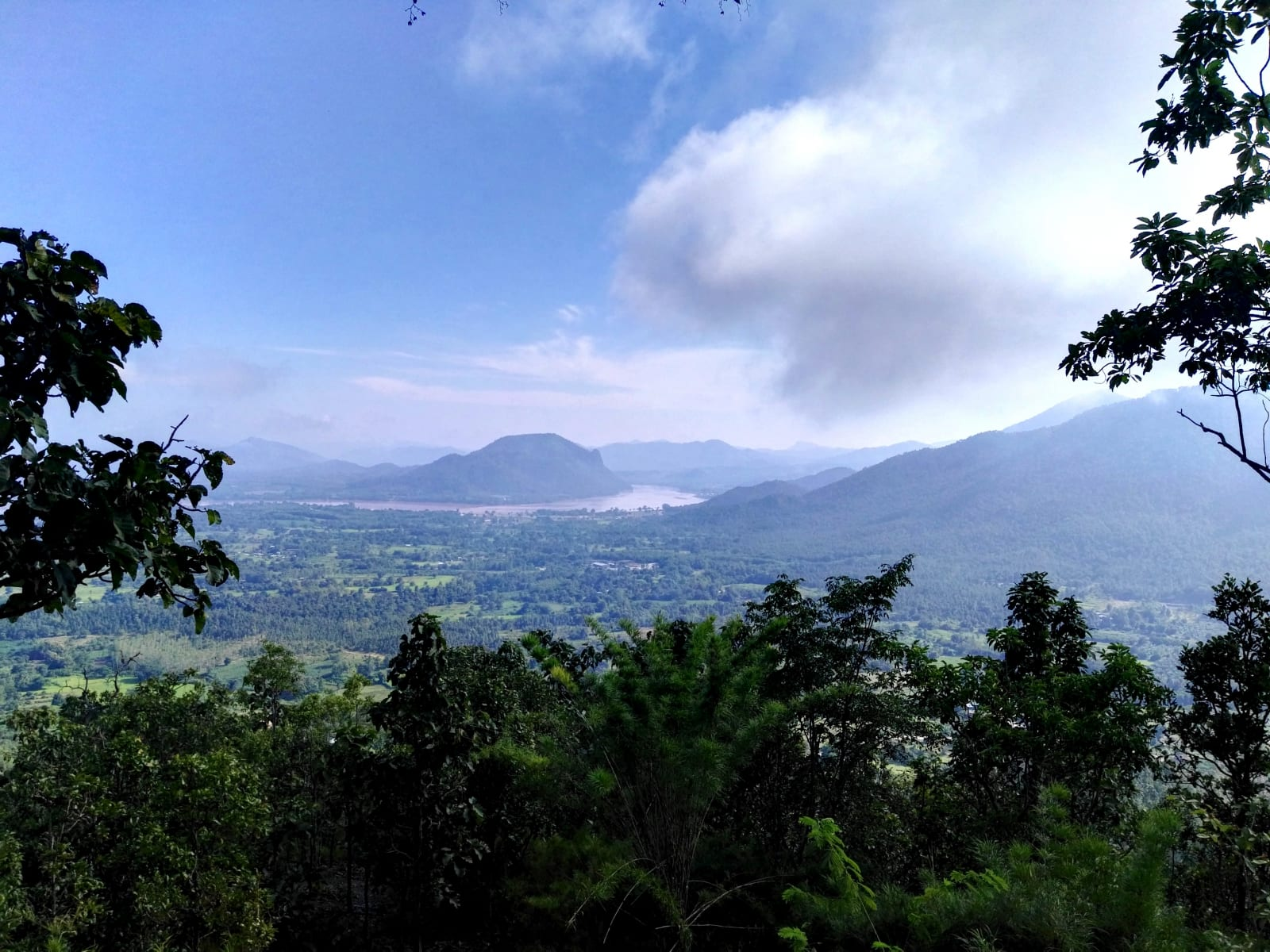 Výhled na Mekong z Phu Tok, Loei, Thajsko