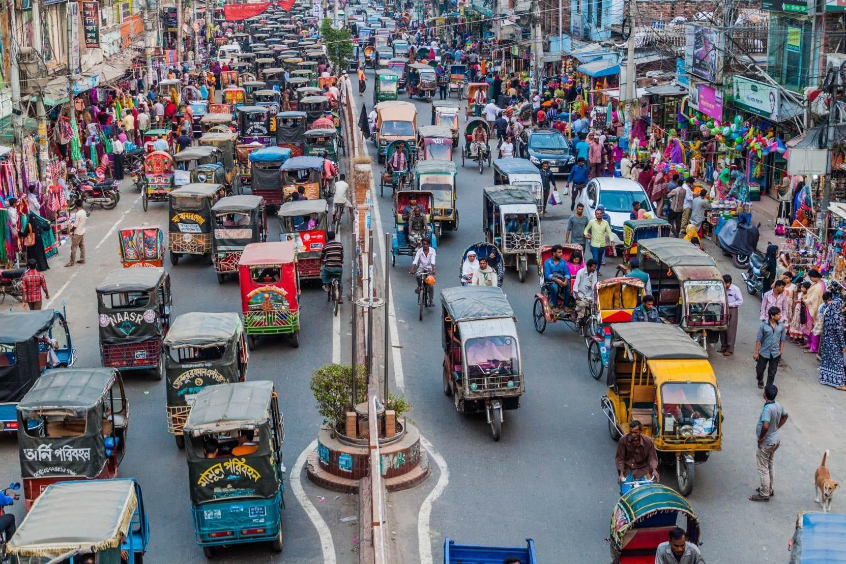 Ulice ve městě Rajshahi, Bangladéš