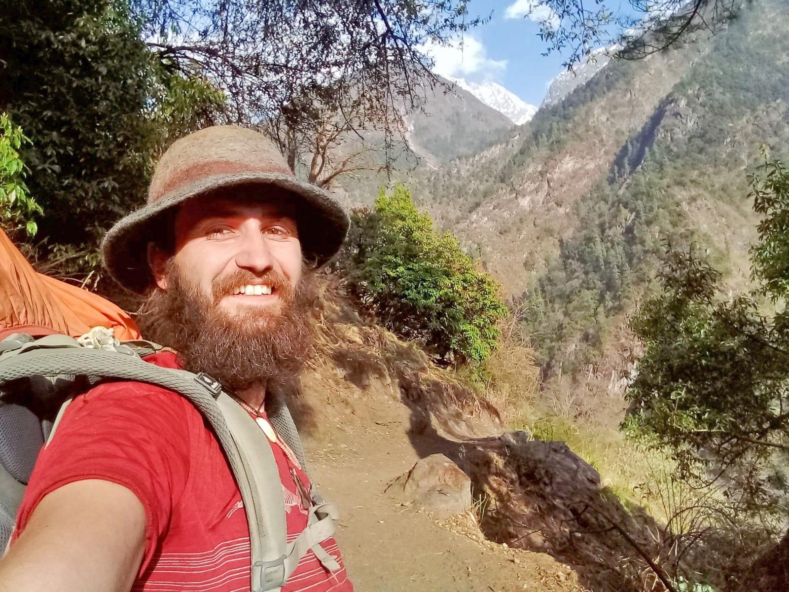 1_Radosti-osamělého-vlka-Nepál