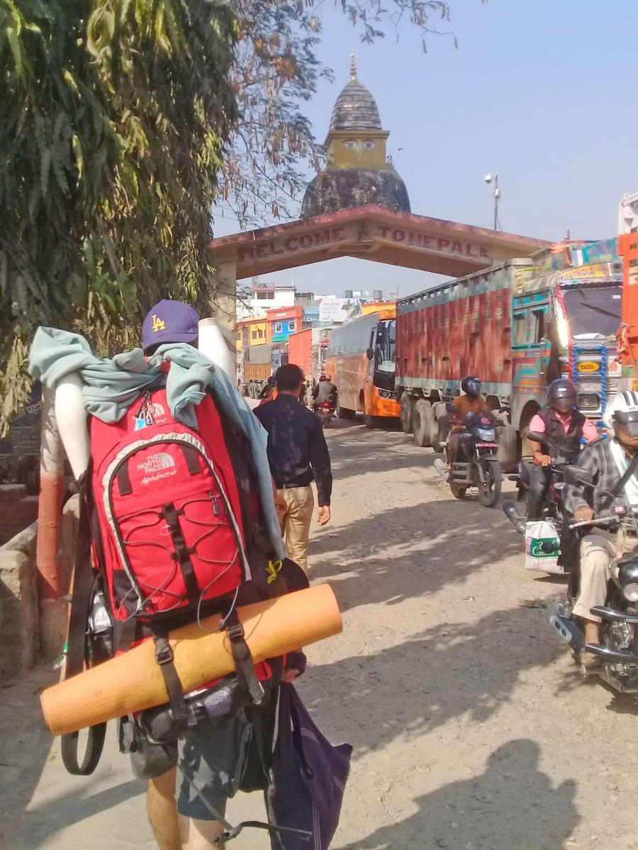 Překračování hranic Nepálu se španělským souputníkem Sonauli, Nepál
