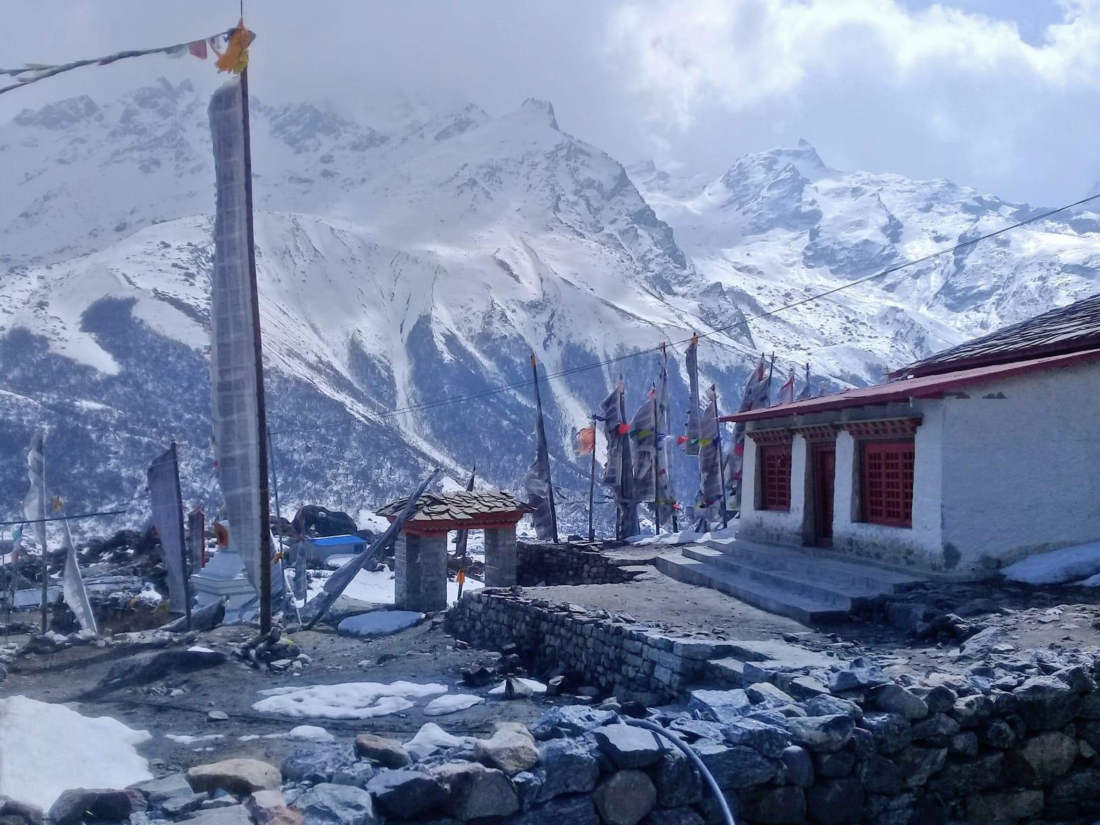 Templ-v-Kyanjin-Gompa-Nepál